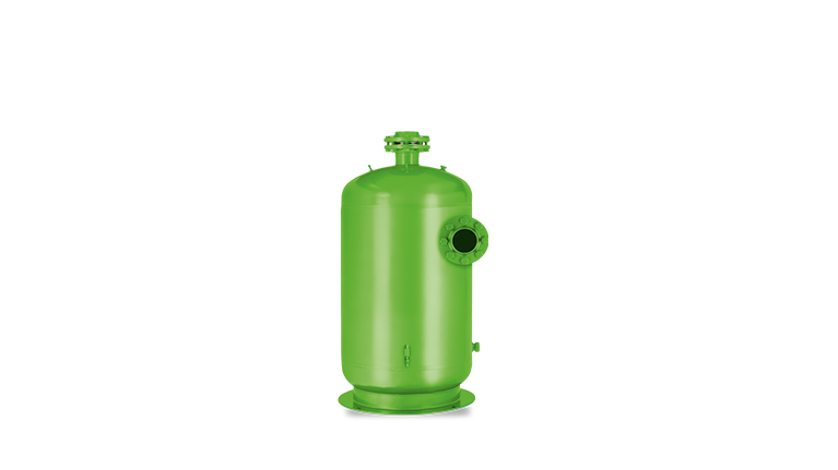 Oil separators for flooded R134a systems